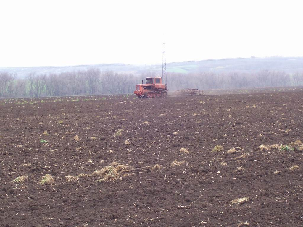 Гусеничный трактор ДТ-75М   Технические характеристики.